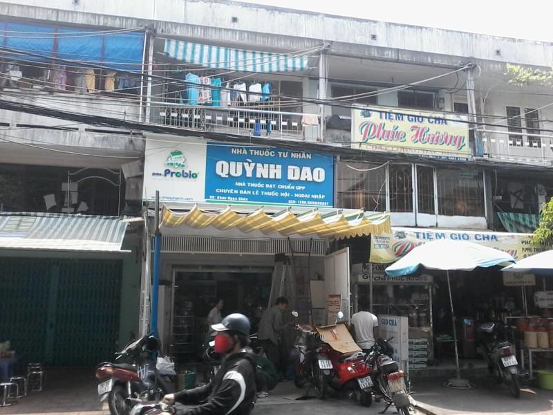Mái hiên di động nhà thuốc Quận Tân Phú