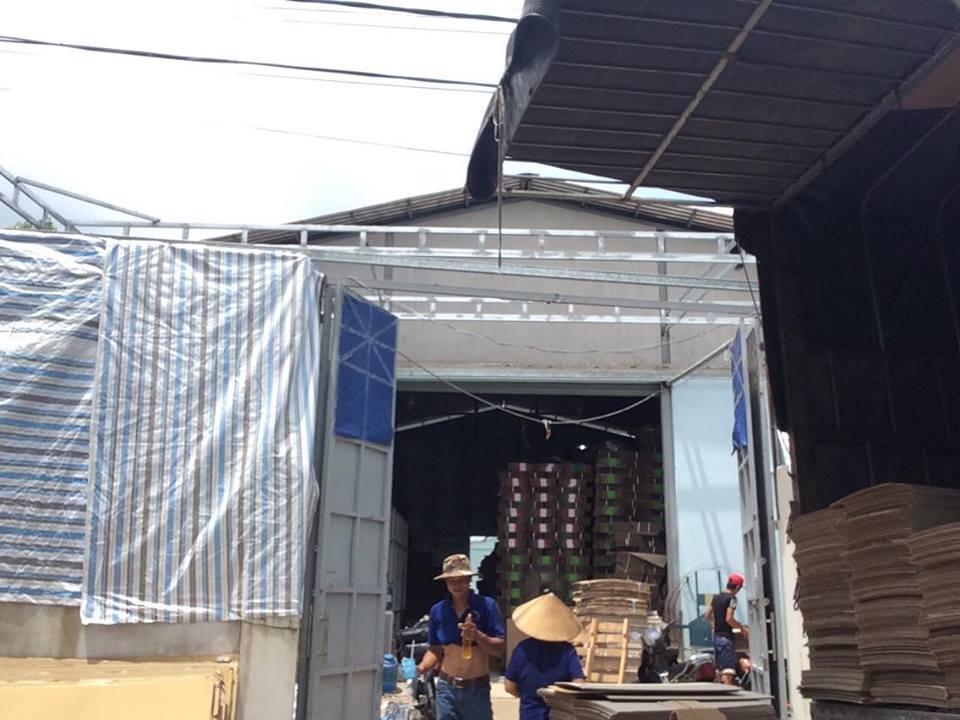 Thi công Mái hiên di động cty bao bì Đường Tân Hiệp 32. Hóc Môn. Tp Hồ Chí Minh. Vietnam
