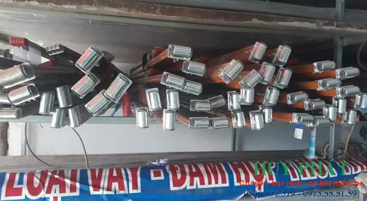 Bán tay sắt sơn tỉnh điện mái hiên di động dt 0973555159