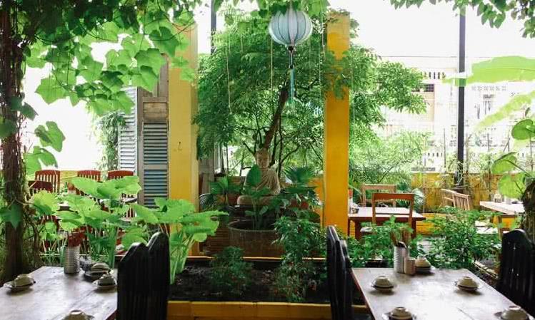 Nhà hàng Secret Garden - 158 Bis Pasteur, Phường Bến Nghé, Quận 1