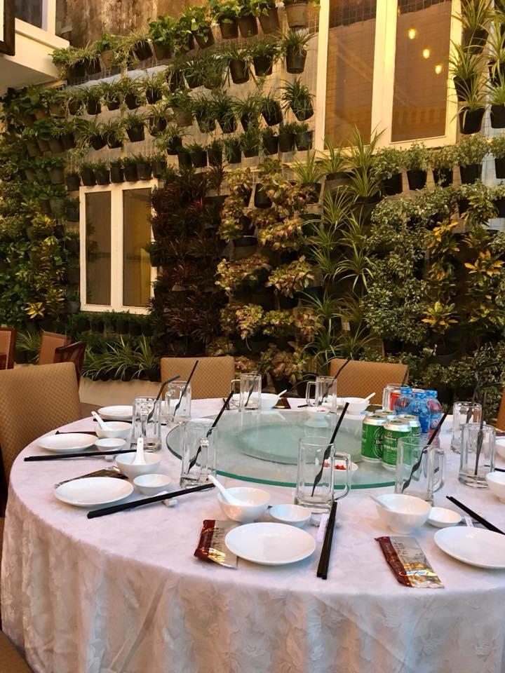 Dự án Nhà hàng Royal Garden - Trang Trí hoa nhựa nhân tạo
