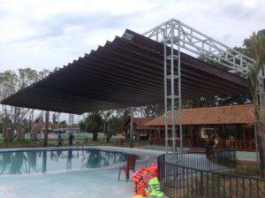 Lắp đặt mái che hồ bơi ở Nha Trang