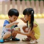 Dùng nghèo để nuôi con trai, dùng giàu để nuôi con gái