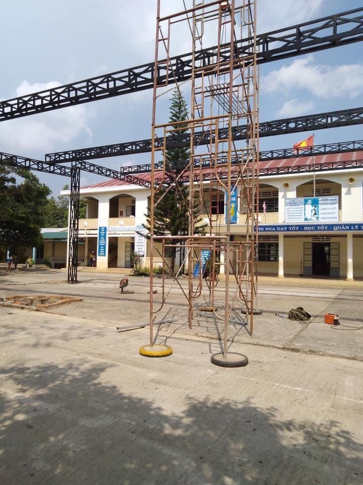 Thi công Mái Che cho Trường Học (Trường Nguyễn Bá Ngọc, Lâm Đồng)