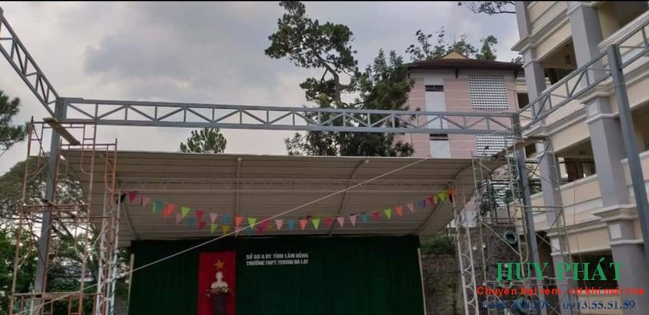 Mái che di động cho trường học Huy Phát thi công