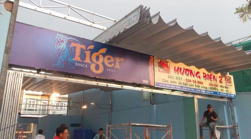 bạt xếp mái hiên di động quán Hương Biển
